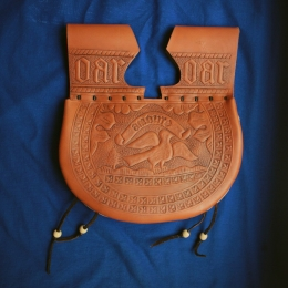LL11 Medieval kidney pouch with stamping images