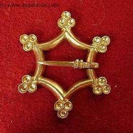Medieval brooch, Europe EA11